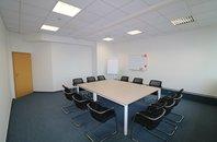Pronájem kanceláře v administrativní budově Shiran Tower, 27 m2, Praha 6 - Vokovice, ul. Lužná