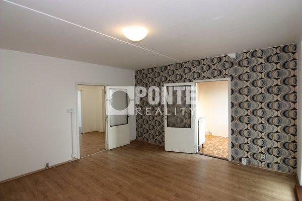 Prodej bytu 4+1 s lodžií, 83 m2, Praha 8 - Troja, Mazurská ul., OV