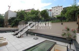 Pronájem bytu 1+kk, 32m², střešní terasa 61m2, Praha - Smíchov, sklep
