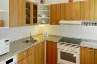 Pronájem bytu 1+1, 32 m², ul. Na Cikorce, Praha - Modřany