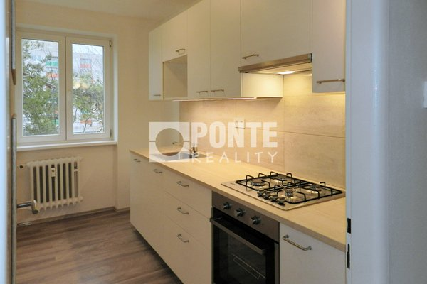 Pronájem bytu 3+1/L, 67m², Kladno, ul. Sportovců, 3.patro