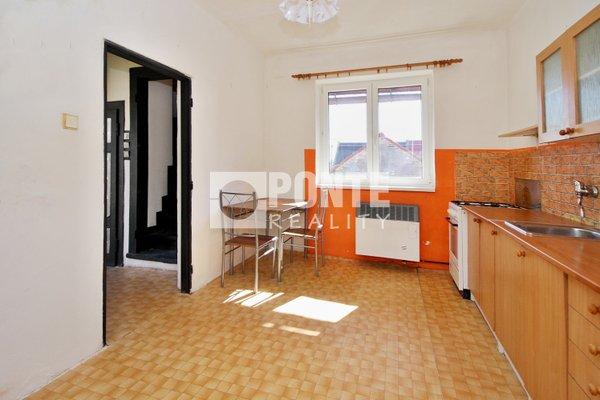 Prodej rodinného domu 3+1, obytná plocha 95 m², zastavěná plocha 68 m², pozemek 168 m², Hřebeč, okres Kladno