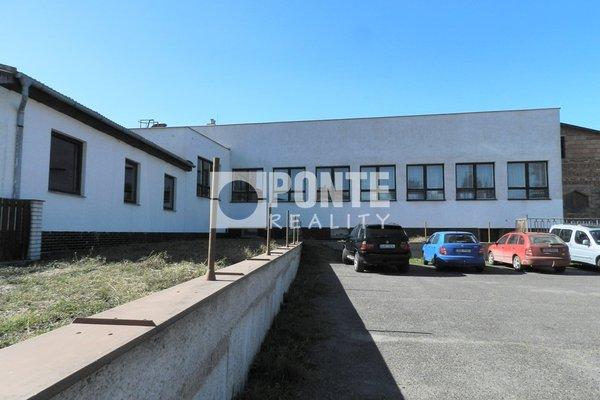 Prodej výrobní haly 1020 m2, OV, Hrochův Týnec - Stíčany, okres Chrudim