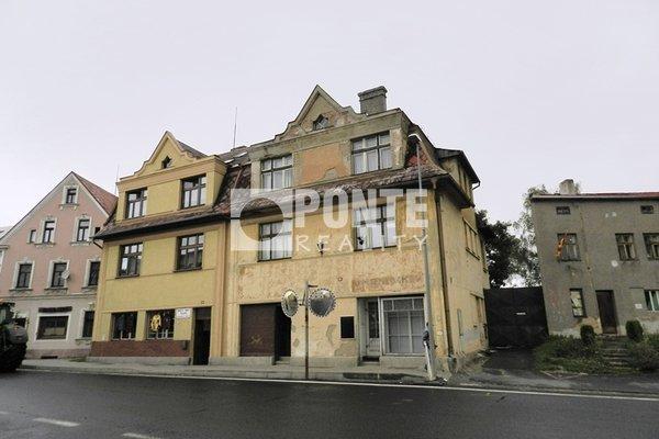 Prodej rodinného domu, užitná plocha 250 m², pozemek 476 m2, Toužim, okres Karlovy Vary