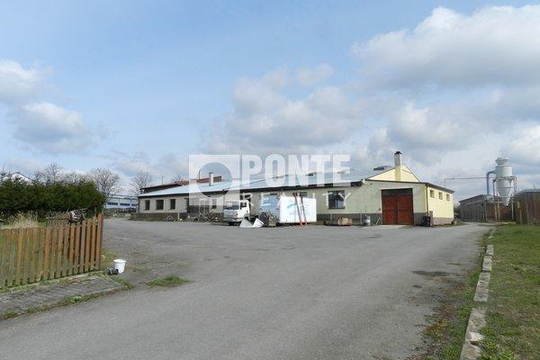 Prodej výrobního areálu 829 m²,  Malšice u Tábora