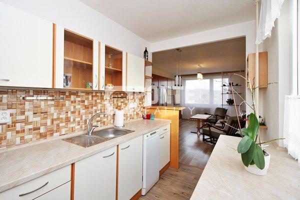 Prodej bytu 3+1/L, 66,25 m2, ulice Pod Saharou, Libčice nad Vltavou, DV, 4.NP, panelový dům