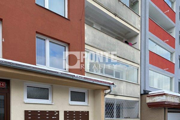 Pronájem bytu 2+kk/L, 48 m², Kladno, ul. Poděbradova