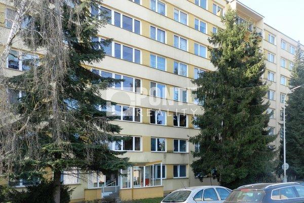Prodej bytu 3+1/L, 75,2 m2, ul. Ctěnická, Praha 9 - Prosek, OV, 7.NP, panel
