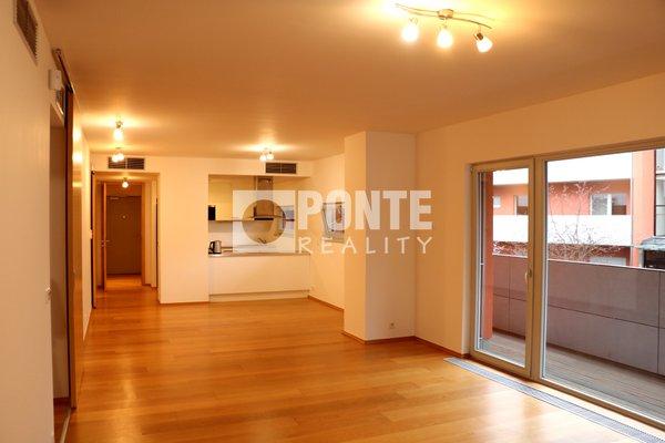 Pronájem luxusního bytu 5+kk, 125 m², terasa 80 m2, 2 parkovací stání, ul. Kolejní, Praha 6 - Dejvice