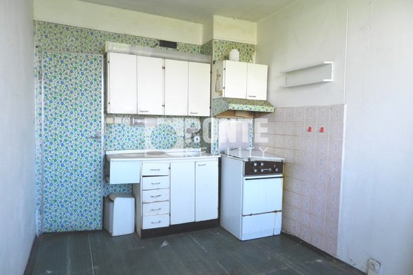 Nabídka prodeje bytu 1+1/L, 41 m2, ul. Jablonecká, Praha - Střížkov, OV, 8.NP/11 NP, panel