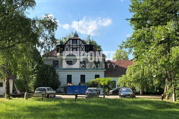 Prodej penzionu s restaurací - lovecký zámeček, romantické místo Brno - Žebětín