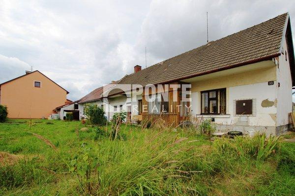 Prodej rodinného domu 4+1 a 2+kk ve městě Strmilov, okres Jindřichův Hradec