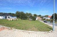 Nabídka stavebního pozemku 958 m2 v obci Mirošovice, okres Praha-východ,