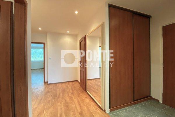 Prodej zrekonstruovaného bytu 3+1, 84 m2, OV, Praha - Kyje