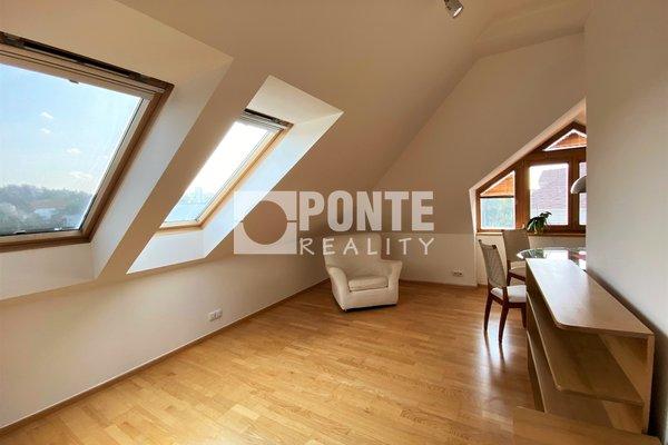 Moderní podkrovní byt 3+kk, 91m², OV, Praha 6 - Ruzyně