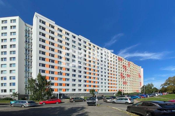Nabídka prodeje bytu 2+kk, 51 m2, ul. Trávníčkova, Praha - Stodůlky, DV, 10.NP, panel