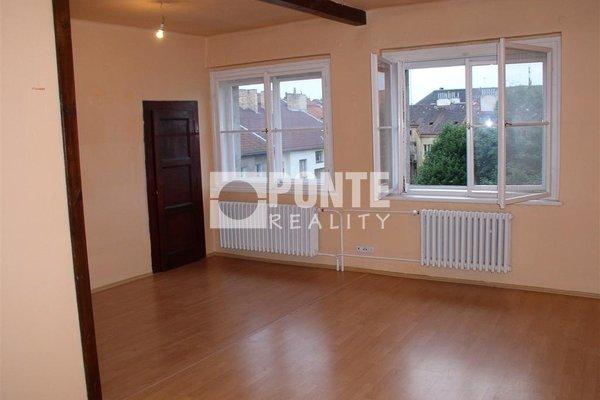 Pronájem bytu 2+kk, malý balkon, 50 m², ul. Na louži, Praha - Vršovice