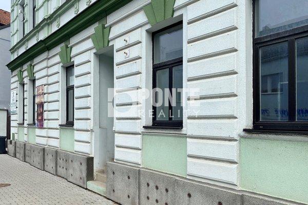 Pronájem obchodního prostoru nebo kanceláře, 78 m², ul. gen. Klapálka, Kladno