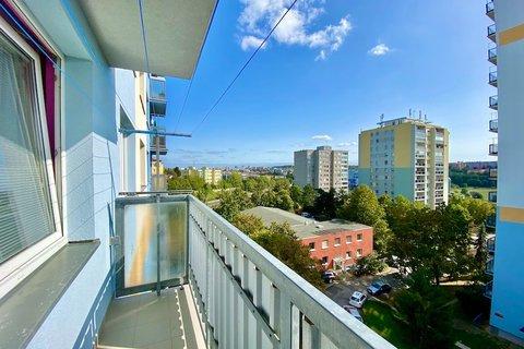 Prodej bytu 3+1 Hostivař realitní makléř • realitní kancelář • realitní služby nejen v Praze53
