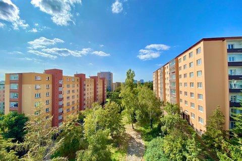 Prodej bytu 3+1 Hostivař realitní makléř • realitní kancelář • realitní služby nejen v Praze51