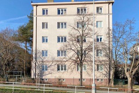 Prodej bytu 2+1 Michle Třeboňská