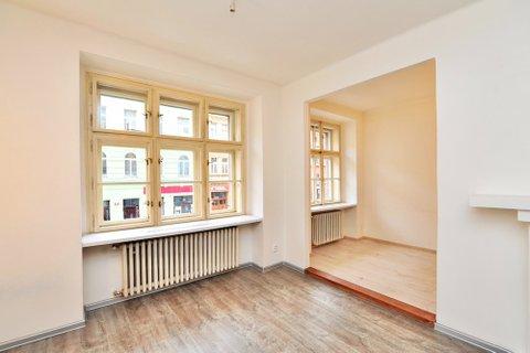 Prodej  bytu Koněvova realitní makléř • realitní kancelář • realitní služby nejen v Praze x5