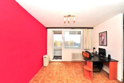Prodej bytu Vysočanská realitní makléř • realitní kancelář • realitní služby nejen v Praze5