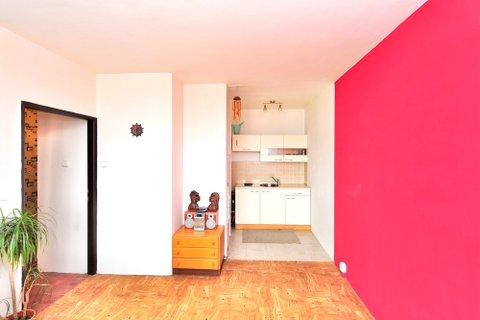 Prodej bytu Vysočanská realitní makléř • realitní kancelář • realitní služby nejen v Praze4