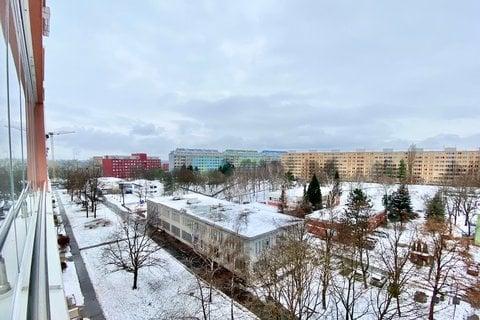 Prodej bytu Vysočanská realitní makléř • realitní kancelář • realitní služby nejen v Praze9