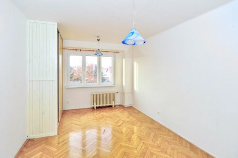 Prodej bytu 2+1 Brandýs nad Labem realitní makléř • realitní kancelář • realitní služby nejen v Praz