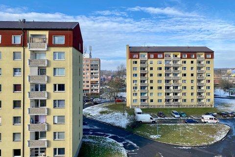 Prodej bytu 3+1 Milovice realitní makléř • realitní kancelář • realitní služby nejen v Praze2