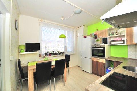 Prodej bytu 3+1 Milovice realitní makléř • realitní kancelář • realitní služby nejen v Praze7