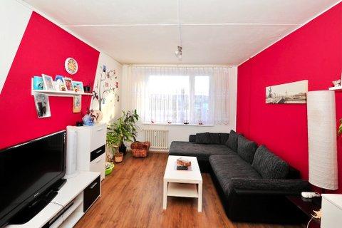 Prodej bytu 3+1 Milovice realitní makléř • realitní kancelář • realitní služby nejen v Praze1