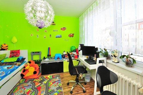 Prodej bytu 3+1 Milovice realitní makléř • realitní kancelář • realitní služby nejen v Praze6