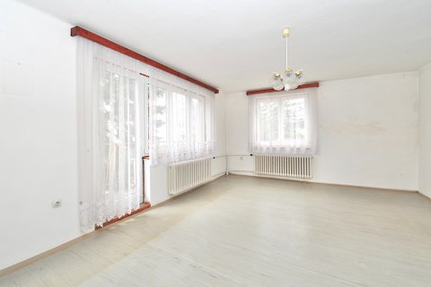 Prodej Rodinného domu Sadská realitní makléř • realitní kancelář • realitní služby nejen v Praze18