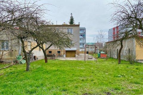 Prodej Rodinného domu Sadská realitní makléř • realitní kancelář • realitní služby nejen v Praze6