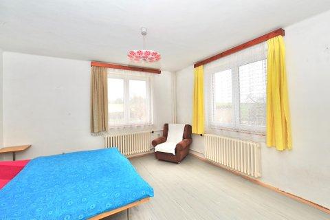 Prodej Rodinného domu Sadská realitní makléř • realitní kancelář • realitní služby nejen v Praze12