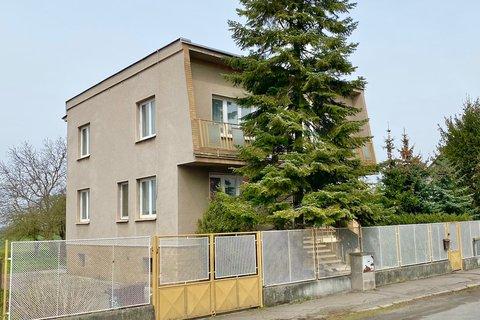 Prodej Rodinného domu Sadská realitní makléř • realitní kancelář • realitní služby nejen v Praze2