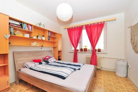 Prodej družstevního bytu Ovčárská ulice realitní makléř • realitní kancelář • realitní s