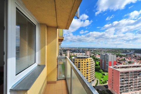 Pronájem bytu Jabloňová, Praha realitní makléř v Praze, realitní kancelář2