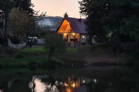 Prodej chaty pro rybáře Čerčany, Benešov, Praha realitní makléř v Praze, realitní kancelár