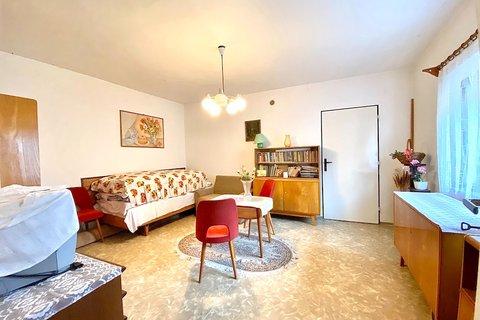 Prodej domu v Kožlanech u Rakovníka realitní makléř | realitní kancelář | reality Praha a okolí 1231