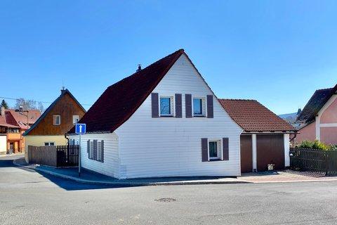 Prodej rodinného domu Frýdlant realitní makléř • realitní kancelář • realitní služby nejen v Praze3