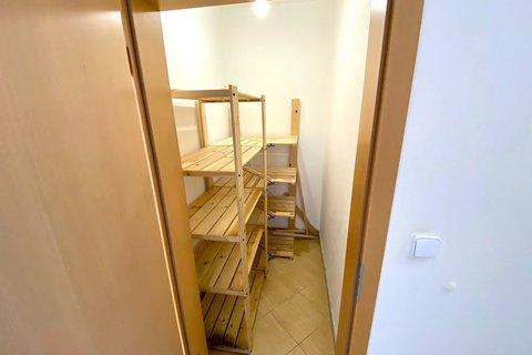Prodej bytu Sazovická Zličín Praha realitní makléř • realitní kancelář • realitní služby nejen v Pra