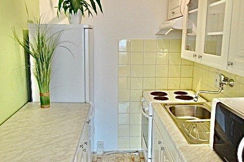 Prodej bytu 2+kk Rajmonova realitní makléř • realitní kancelář • realitní služby nejen v Praze7