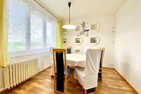 Prodej bytu 4+1 Louny realitní makléř • realitní kancelář • realitní služby nejen v Praze4