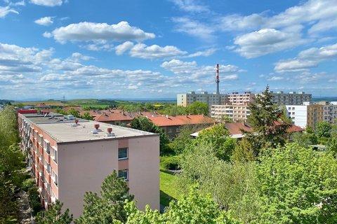 Prodej bytu 4+1 Louny realitní makléř • realitní kancelář • realitní služby nejen v Praze8