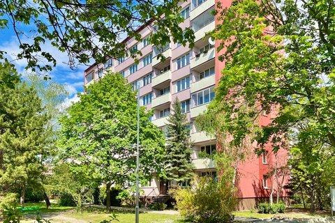 Prodej bytu 4+1 Louny realitní makléř • realitní kancelář • realitní služby nejen v Praze11