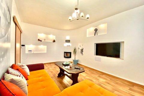 Prodej bytu 4+1 Louny realitní makléř • realitní kancelář • realitní služby nejen v Praze6