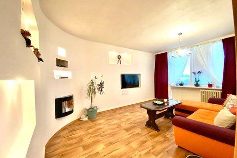 Prodej bytu 4+1 Louny realitní makléř • realitní kancelář • realitní služby nejen v Praze9